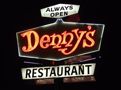 Denny's (Curtis Gregory Perry) Tags: old light usa signs west