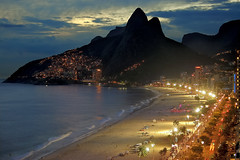 Night in Ipanema (mistca) Tags: ocean city light brazil sky urban 15fav mountain beach water topv111 brasil riodejaneiro topv2222 night clouds 1025fav america 510fav wow top20favorites interestingness topv555 topv333 nikond70 topv1111 topv999 2550fav 50100fav topv777 2870mmf3545d ipanema 100150fav 150200fav abigfave platinumphoto flickrplatinum
