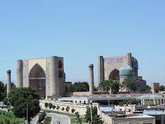 Bibi-Khanym Mosque, Samarkand, June 2015 (leonyaakov) Tags: samarkand uzbekistan citycenter citytour promenade mosque religion ceramic ceremony minaret muslim museum sunnyday summer unesco    ouzbekistan greatphotographers nikonflickraward inspiredbylove heritage