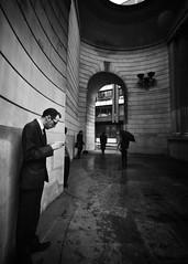 London - lost in his own world (Pat Kelleher) Tags: blackandwhite london blancoynegro blanco sony streetphotography a6000 patkelleherphotography