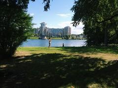 find iosif (Alexey Tyudelekov) Tags: green sunny petersburg olya iosif yalo