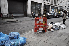 20161207T14-40-00Z-DSCF9114 (fitzrovialitter) Tags: fitzrovia fitzrovialitter camden westminster rubbish litter dumping flytipping trash garbage london urban street environment streetphotography westend peterfoster documentary fuji x70 fujifilm captureone geosetter exiftool geotagged england gbr oxfordcircus unitedkingdom westendward geo:lat=5151582700 geo:lon=014167900