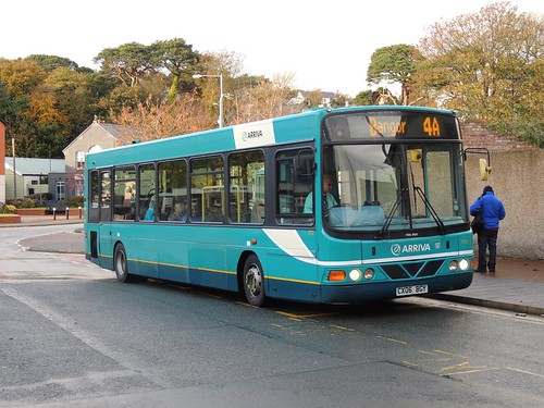 DSCN7796 Arriva Cymru 2572 CX06 BGY