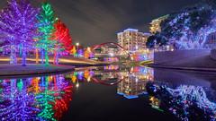 Vitruvian Lights Redux - Merry Christmas! (denny.yang) Tags: vitruvian lights redux park christmas bridge reflection starburst holidays sony a7rii a7rm2 1635mm smooth reflections dallas addison denny yang dennyyang