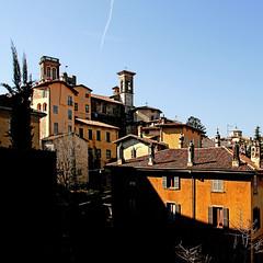 Bergamo, Italia (pom.angers) Tags: canoneos400ddigital february 2009 bergamo bergamocittàalta lombardia italia italy europeanunion 100 5000 150 200