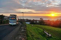 Hopping Off To School (Better Living Through Chemistry37) Tags: stagecoach stagecoachdevon stagecoachsouthwest buses busessouthwest busesuk 15863 wa62anp alexanderdennis enviro enviro400 sunrise sandringhamgadens schoolbuses hop22 transport transportation 28 route28 landscapes