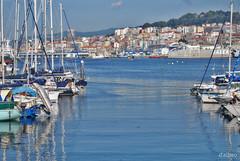 La ciudad y el mar (Franco D´Albao) Tags: francodalbao dalbao nikond60 vigo galicia ciudad city mar sea ocastro bouzas barcos boats 2009 astilleros shipyards