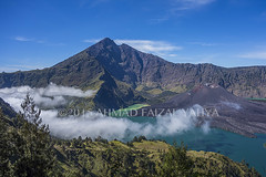_DSC0200SSRw (a.faizal) Tags: mountain lake indonesia asian volcano asia hiking hike hikers volcanic lombok asean anak mountaineer danau rinjani segara lombokisland mountrinjani segaraanak danausegaraanak segaraanaklake