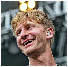 Dave Bayley / Glass Animals (Scottspy) Tags: people musicians portraits faces singers concerts guitarist glassanimals scottspy flickrandroidapp:filter=none davebayley