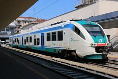 2015-06-07, FS, Torino Porta Nuova (Fototak) Tags: italy train torino diesel eisenbahn railway treno fs minuetto autorail 501011