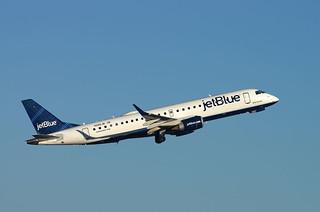 Em90 N265JB Jet Blue dep