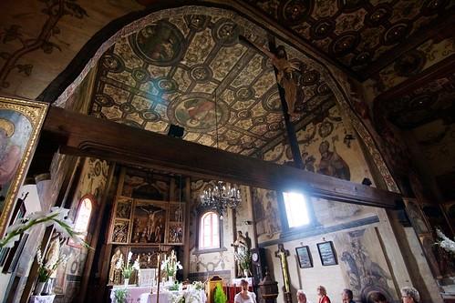 Prezbiterium kościoła w Boguszycach