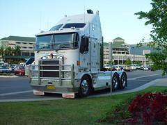 Kenworth truck 01-06-03
