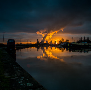 Ratcliffe Power Station at Sunrise