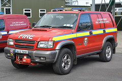 Carlow Fire & Rescue Service 2001 Isuzu Trooper HPMP Fire L4V 01CW75701 (Shane Casey CK25) Tags: carlow fire rescue service isuzu trooper hpmp l4v 01cw75701 emergency red blue lights bluelights siren flashing firebrigade fireengine firefighter fighter firemen fireman brigade light 4x4 4 wheel drive vehicle awd jeep station firestation firebrigadesociety engine tender fbs society hacketstown county 2001 charlie 14 echo