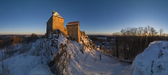 Sunrise panorama at Burg Hohenstein January 2017 - wider view (Bernhard_Thum) Tags: bernhardthum thum franken hohenstein burghohenstein leicam distagont2815 distagon1528zm zm sunrise earlymorning panorama