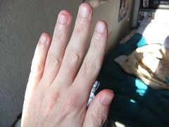 DSCF6295 (ongle86) Tags: sucer ronger ongles doigts mains thumb sucking nails biting fingers licking hand fetish