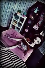 10551475_834566409965245_4678045787735598749_o (MeonFox) Tags: ikea monster photography high doll locker lockerroom photoart repaint dollphotography monsterhigh draculaura monsterhighdolls fangtasticlocker meonfox