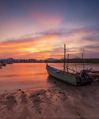 Off Day | Teluk Muroh Lumut Perak (SalehuddinLokman) Tags: seascape beach sunrise boat fisherman colorful sundown dramaticsky fishermanboat fishermanvillage beachphotography nikond90