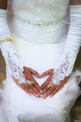 Pretty hands. (kevinsaviogarnet75) Tags: wedding india bride hands dress heart bangalore ring