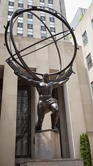 Atlas (mausgabe) Tags: leica nyc art rockefellercenter atlas leelawrie leicamp renepaulchambellan leicasummicronm35mmf2asph safariedition typ240