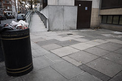 20161207T14-23-42Z-DSCF9092 (fitzrovialitter) Tags: fitzrovia fitzrovialitter camden westminster rubbish litter dumping flytipping trash garbage london urban street environment streetphotography westend peterfoster documentary fuji x70 fujifilm captureone geosetter exiftool geotagged bloomsburyward england gbr unitedkingdom geo:lat=5152093100 geo:lon=013896800