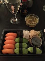 Middag 4/1 (Atomeyes) Tags: mat vatten sushi fisk ris miso soppa