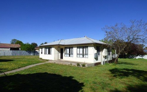 2 Stevenson street, Boorowa NSW 2586