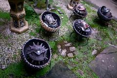 creatures (troutfactory) Tags: creatures ceramics 焼物 陶芸 alien amazing hiroyatanaka 田中ひろや art artwork artfestival 篠山市 sasayama 関西 kansai 日本 japan ricohgrd2 digital