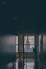 Look at the Empire State (Ani_Ro) Tags: america amerika nordamerika northamerica unitedstatesofamerica usa unitedstates us vereinigtestaatenvonamerika newyorkcity newyork nyc ny manhattan rockefellercenter topoftherocks aussicht view empirestatebuilding colours colour colourful farbe farbig light licht lichtschatten lightshadow shadow schatten sony sonyalpha7 alpha7 festbrennweite menschen people touristen tourists gang fenster window highabove hochoben