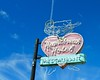 Heartbreak Hotel Neon (Sandra Lee Hall) Tags: sign advertising classic heartbreakhotel neon memphis elvispresleyblvd tennessee