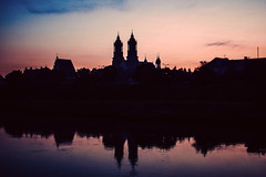 Summer Hues (ewitsoe) Tags: sunrise mornign dawn erikwitsoe ewitsoe nikon d80 warta river reflection sunrsie summer cathedral gow bats early poznan poland ostrowtumski cathedraltowers reflect morning