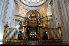 Choeur du Val de grce (La galerie de Josphine) Tags: sculpture paris church de gold spirit lumire or ombre relief val dome grille bas glise 5e luxe chaise ornement coupole spirituel grce choeur pilastre