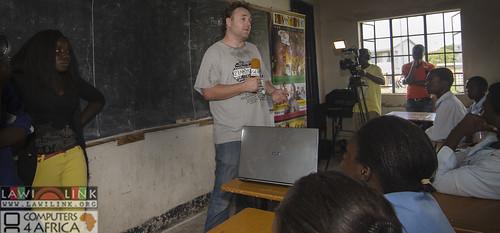 "Chilaweni school Blantye Malawi • <a style=""font-size:0.8em;"" href=""http://www.flickr.com/photos/132148455@N06/18573779505/"" target=""_blank"">View on Flickr</a>"