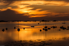 Golden Sunset sur la Baie de Morlaix (Francois Le Rumeur) Tags: ocean sunset cloud mer seascape clouds de landscape gold golden evening ship ngc bretagne reflet reflect hd bateau paysage morlaix 4k baie ocan finistere dockbay