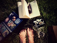 My kind of summer.... (g ) Tags: light summer people verde feet luz sol grass sunglasses contrast pie happy foot book evening afternoon ipod bright box album warmth books caja personas gafas feliz libros tarde brillo veraneo