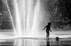 Young Skater playing (Olderhvit) Tags: street blackandwhite water fountain photography play gothenburg streetphotography streetphoto skater goteborg 2015 img7395 gatufoto gatufotografi framingthestreet olderhvit