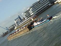 Pushtow Realité on Nieuwe Maas (thomaslion1208) Tags: pushtow schubboot schiff ship portofrotterdam portrotterdam hafenrotterdam hafenvonrotterdam workboat