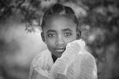 Ethiopie du nord: jeune fille à Lalibéla. (claude gourlay) Tags: ethiopie ethiopia afrique africa cornedelafrique claudegourlay portrait retrato ritratti face people enfant child noiretblanc blackandwhite nb bw lalibela amhara abyssinie abyssinia