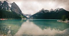 Lake Louise 01 (JasonLee) Tags: canada alberta banff nationalpark banffnationalpark nature outdoors cloudy lake lakelouise