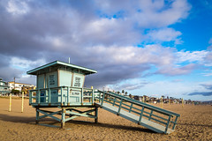 Manhattan Beach (Joits) Tags: manhattanbeach manhattanbeachpier sigma24mmf14art lifeguardtower