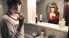 La peor liante puedes ser tú misma. (mls2012) Tags: portrait retrato selfportrait espejo mirror crista baño bathroom jabon cepillo dientes reflejo reflection chica chicas girl cotidiano fiesta influencia party