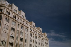 Primer Carrete Revelado. Werlisa Club Color (Sr_Bertog) Tags: madrid street edificio cielo arquitectura werlisaclubcolor werlisa