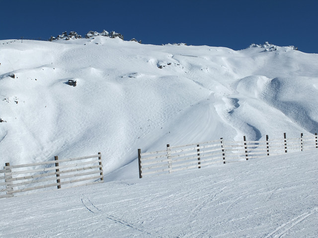 Saddle Basin from Pete's Treat, Treble Cone NZ (31 August 2013)