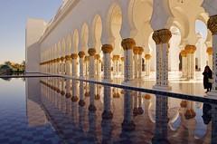 Zayed's Reflection (Ver Argulla Jr) Tags: reflection pool uae columns mosque emirates abudhabi arabia pillars masjid grandmosque