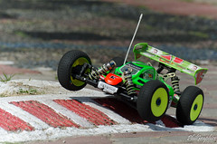 RC94 Masters Kyosho 2015 - Free practice #14-5 (phillecar) Tags: scale race training remote nitro masters remotecontrol 18 buggy bls rc kyosho 2015 brushless truggy rc94