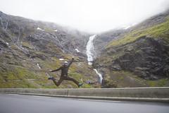 RelaxedPace23078_7D8086 (relaxedpace.com) Tags: norway jump jumping 7d trollstigen 2015 jumpshot jumpology mikehedge