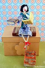 Psicóloga (* Cláudia Helena * brincadeira de papel *) Tags: brazil love brasil work book doll amor joy books alegria livro boneca livros trabalho papermache psicóloga papelmachê cláudiahelena
