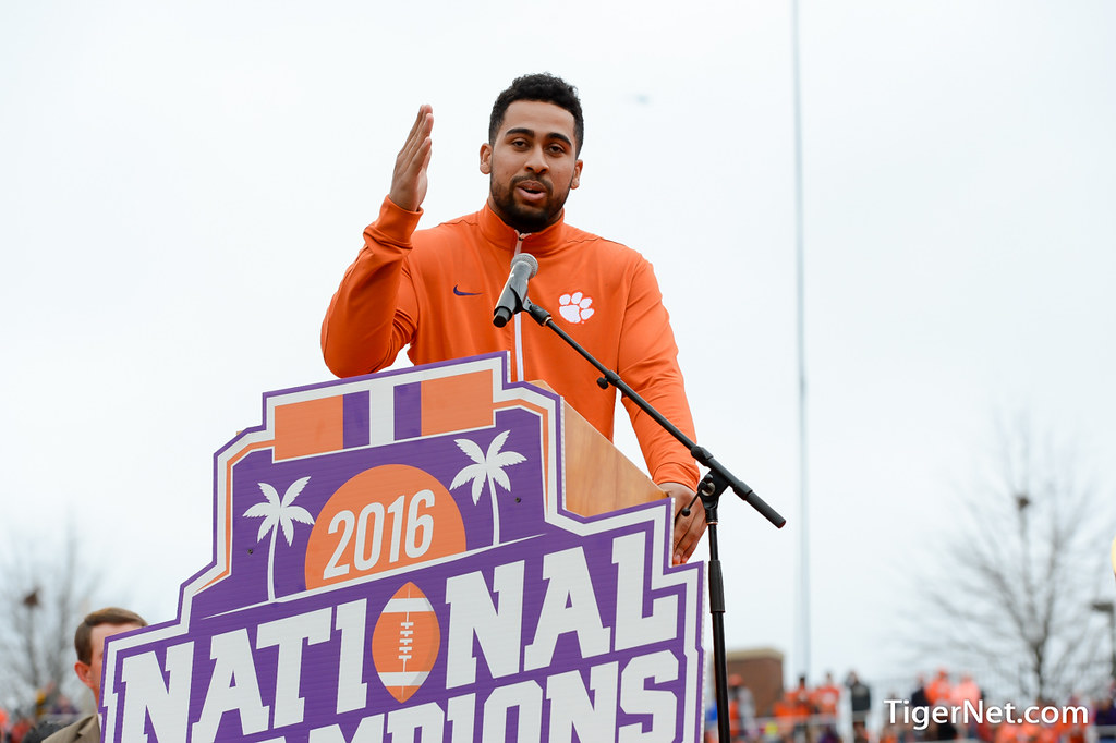 Clemson Photos: Jordan  Leggett, 2016, Football