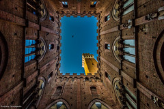 Torre del Mangia (Mr.Anthony83) Tags: siena piazza del campo torre mangia italy colors hdr canon 7d sky